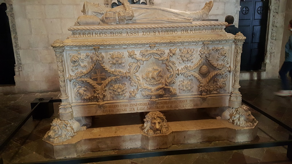 Vasco de Gama's Tomb Is Quite the Spectacle