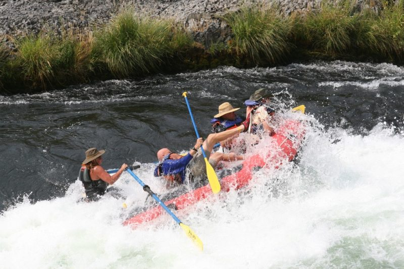 Eastern-Oregon-Rafting-Deschutes-River