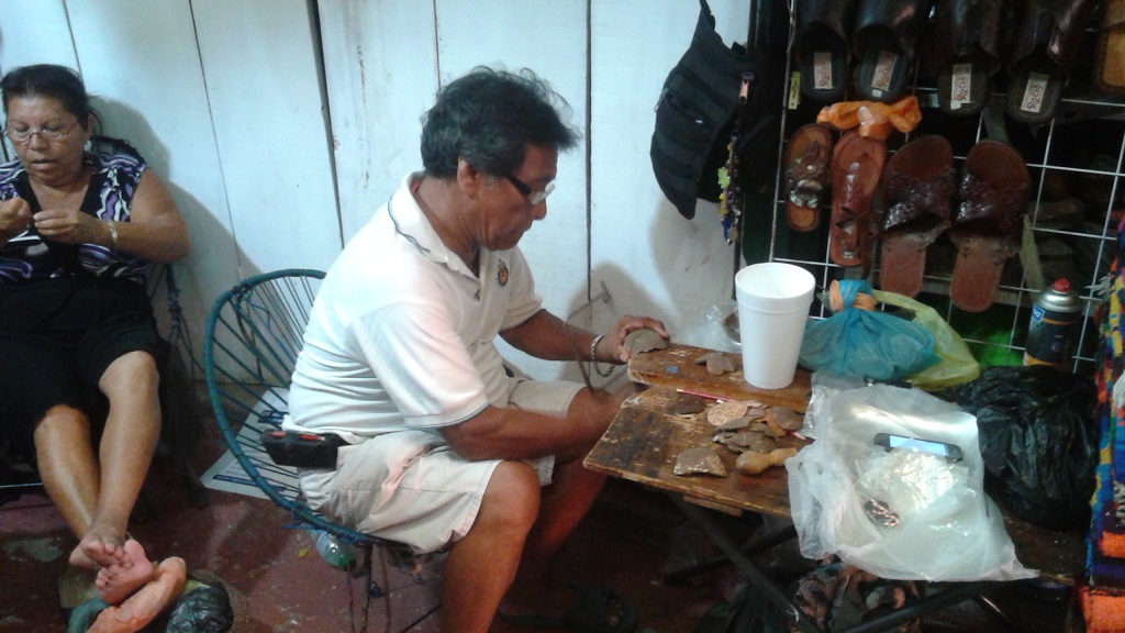 An Artist Cuts and Polishes Coconut Shell By Hand to Make Jewelry
