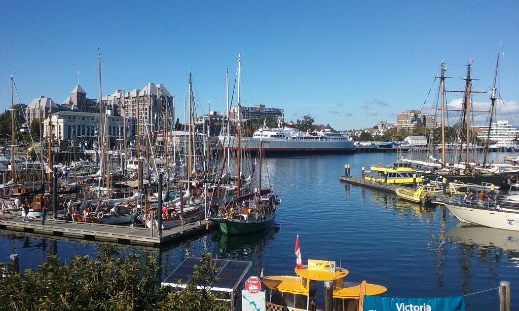 Victoria's Chinatown and biking to Oak Bay