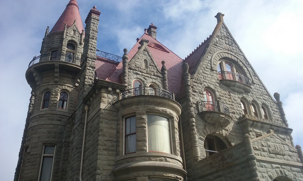 Craigdarroch Castle Resembles a French Chateau