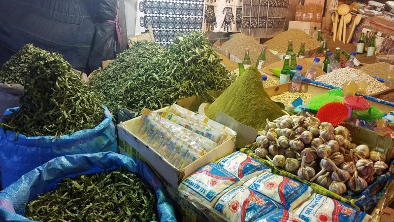 Souss-Valley-Taroudant-Markets-Mint-Tea